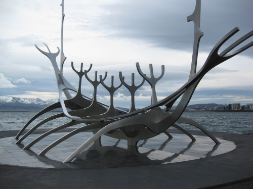 Another iconic Reykjavik landmark, the Sun Voyager is also the only sculpture in the city that isn't hideously ugly (sorry Icelanders!)