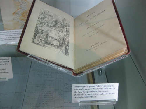 9 Oxford - OUP Museum - Alice